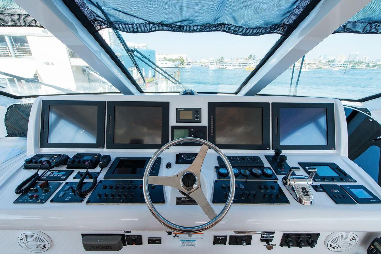 2008 Hatteras                                                              72 Motor Yacht Image Thumbnail #26
