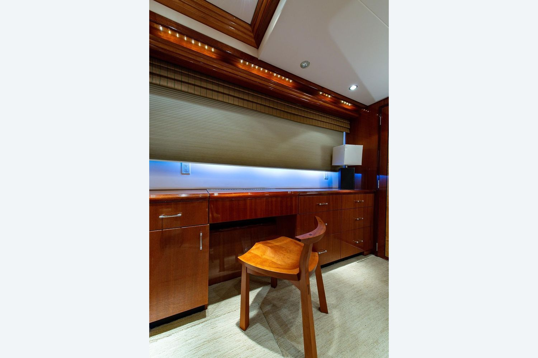 2008 Hatteras                                                              72 Motor Yacht Image Thumbnail #47