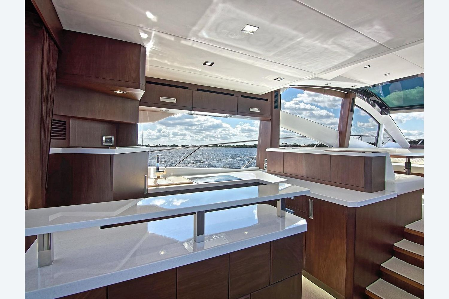 Photo 11 for 2022 Galeon 560 Sky