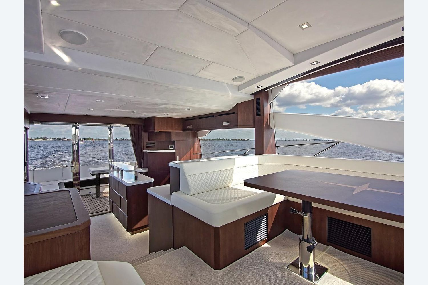 Photo 12 for 2022 Galeon 560 Sky