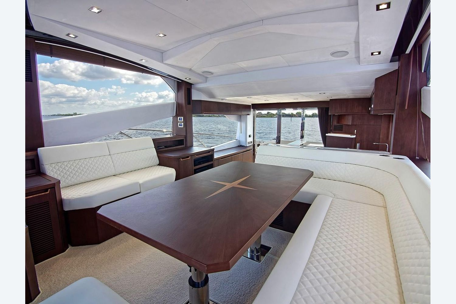 Photo 19 for 2022 Galeon 560 Sky