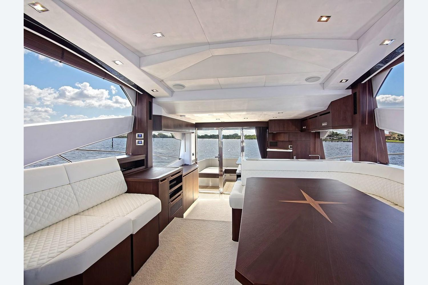 Photo 20 for 2022 Galeon 560 Sky