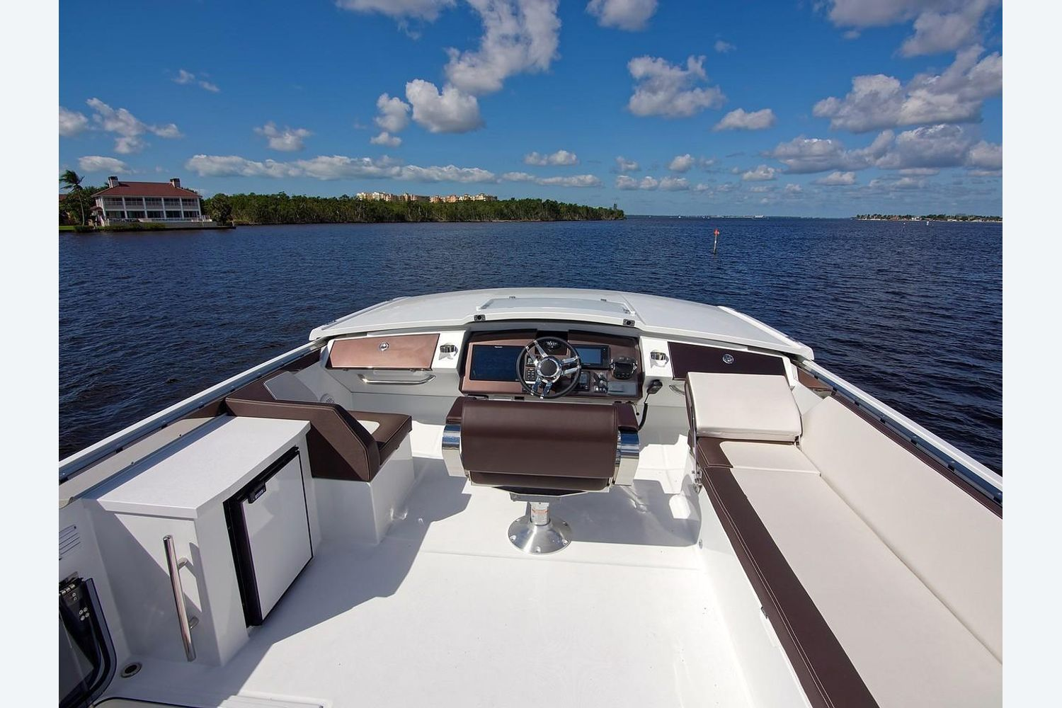 Photo 24 for 2022 Galeon 560 Sky