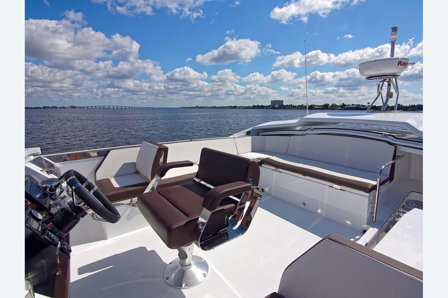 Photo 25 for 2022 Galeon 560 Sky