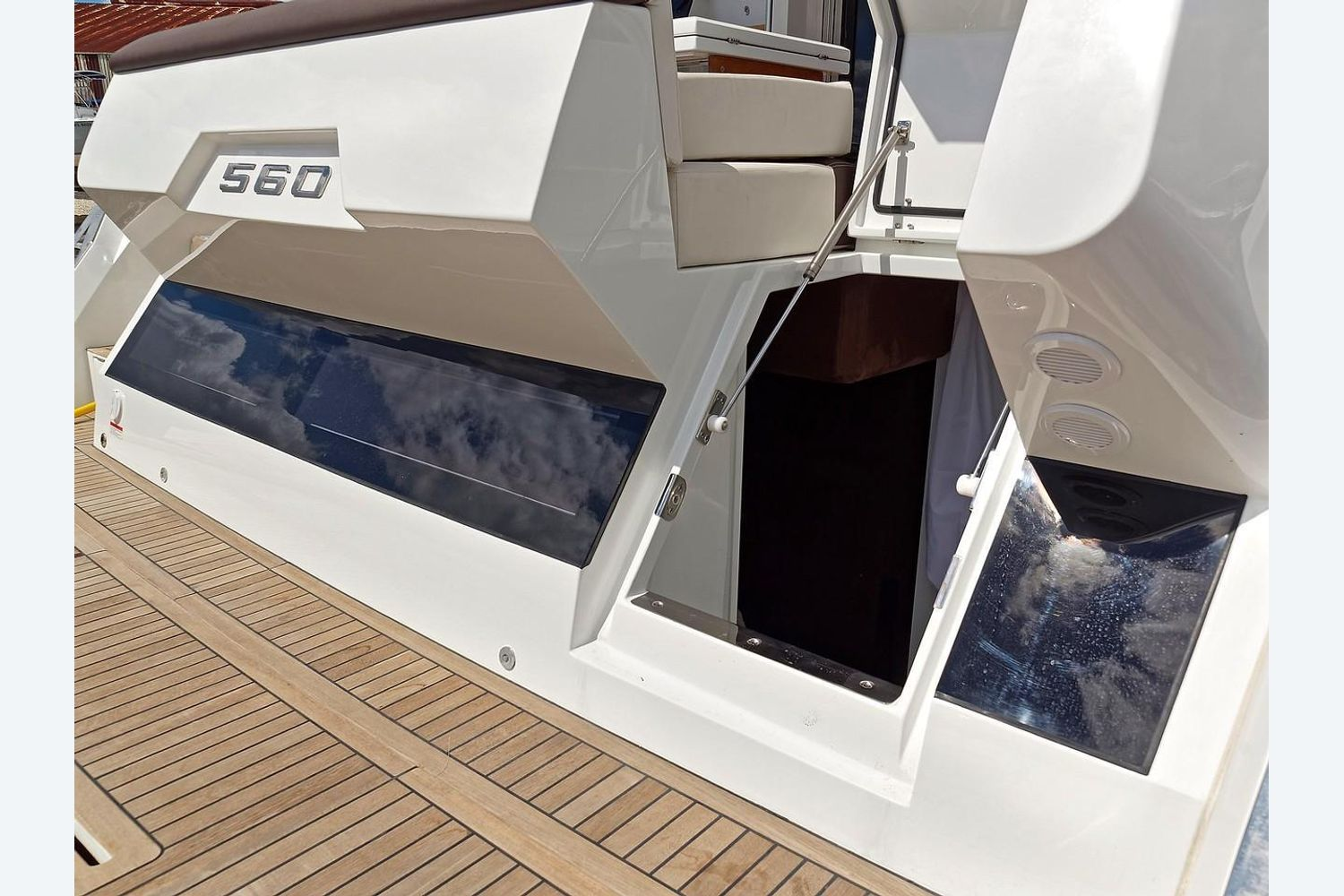 Photo 40 for 2022 Galeon 560 Sky