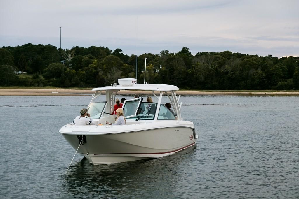 2022 Boston Whaler                                                              320 Vantage Image Thumbnail #1