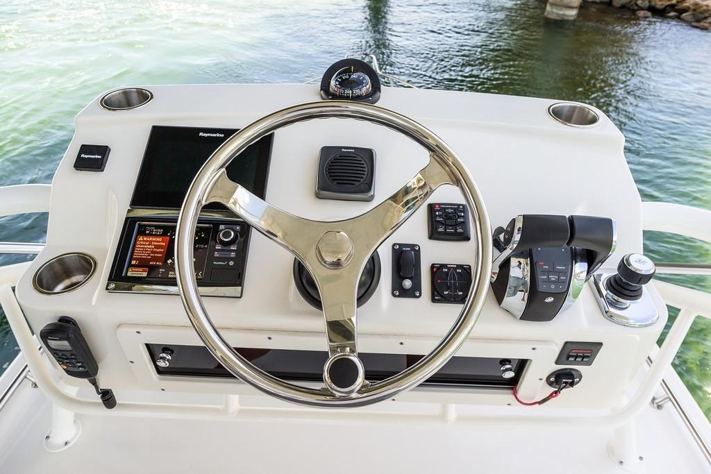 2022 Boston Whaler                                                              345 Conquest Image Thumbnail #5