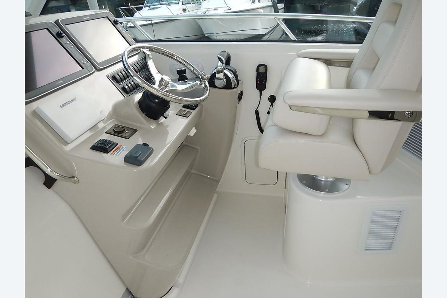 2022 Boston Whaler                                                              345 Conquest Pilothouse Image Thumbnail #11