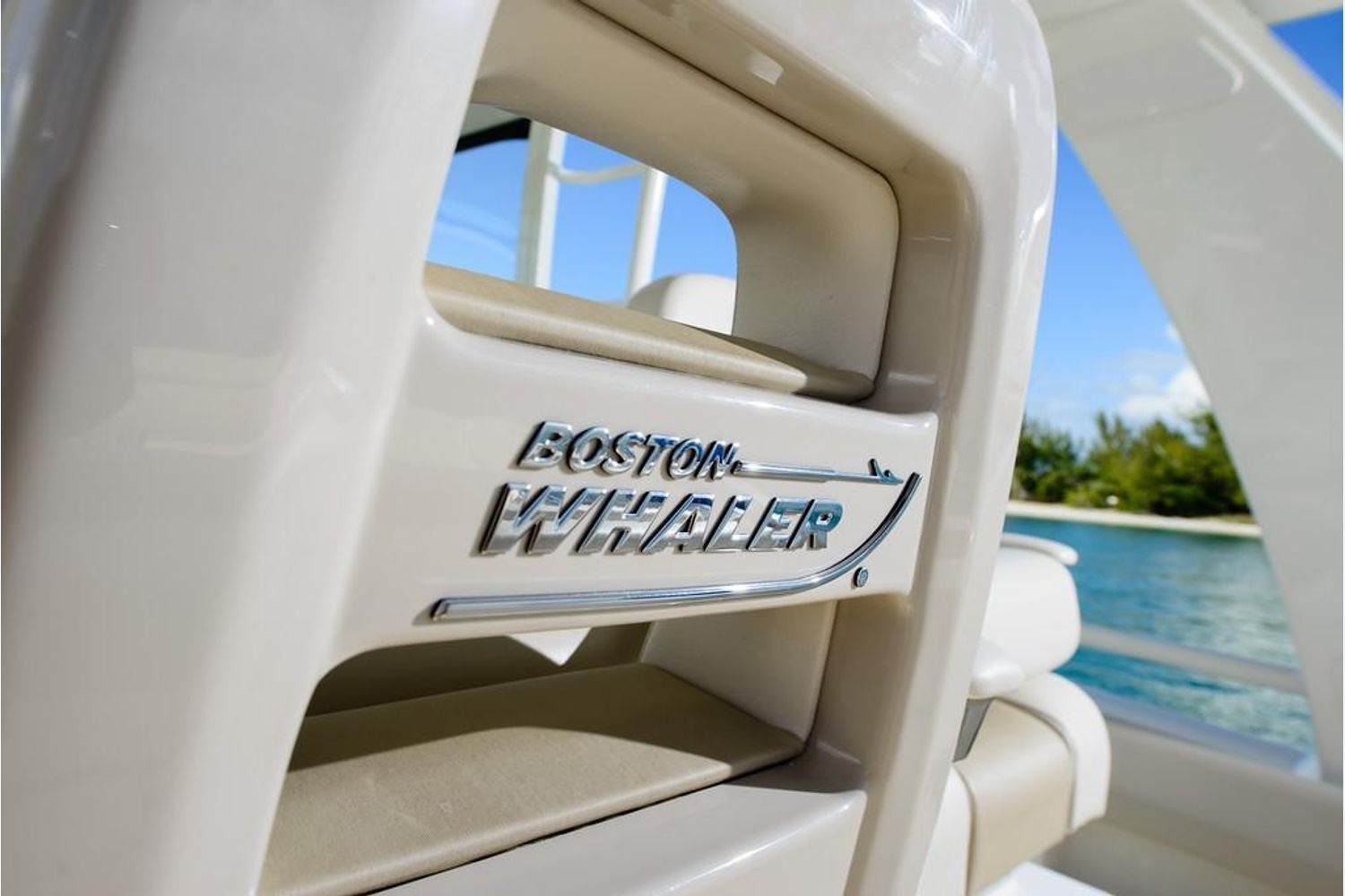 Photo 6 for 2022 Boston Whaler 420 Outrage