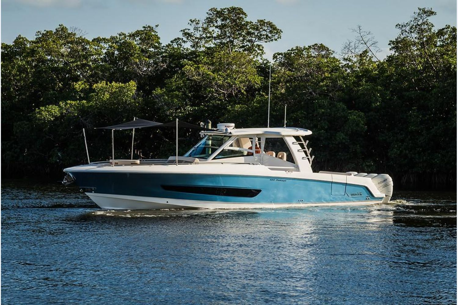 Photo 23 for 2022 Boston Whaler 420 Outrage