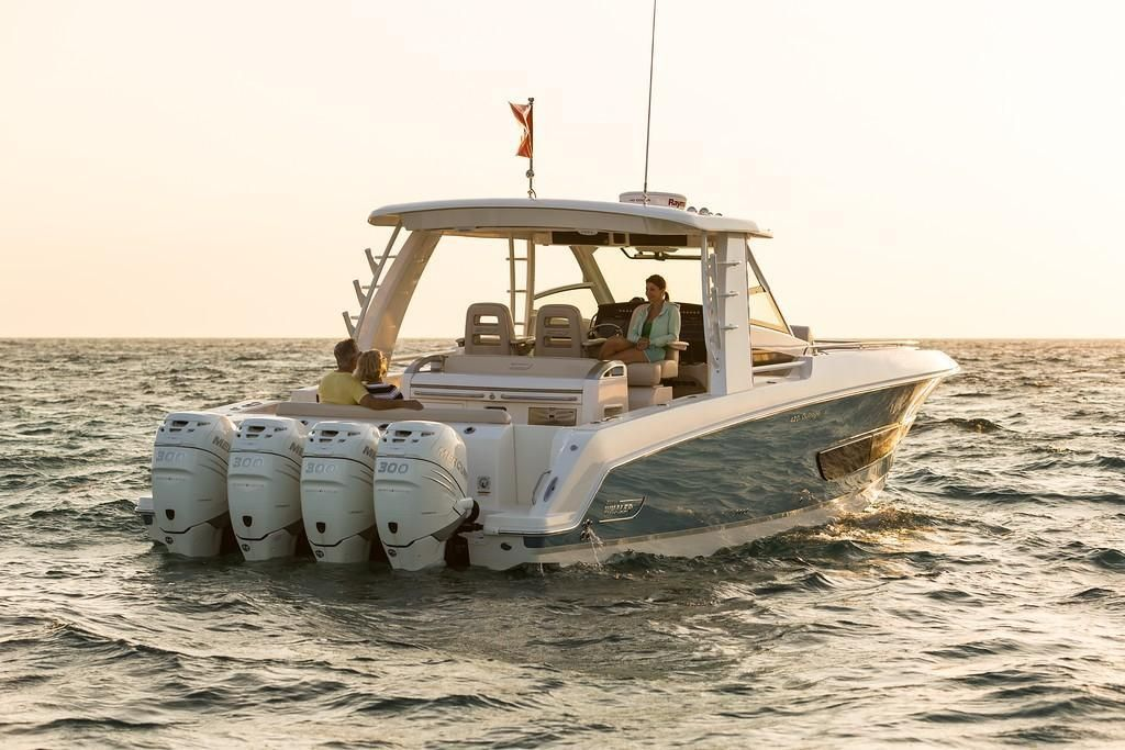 Photo 16 for 2022 Boston Whaler 420 Outrage