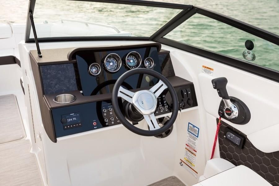 2022 Sea Ray                                                              SDX 270 Outboard Image Thumbnail #3