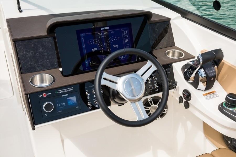 2022 Sea Ray                                                              SDX 290 Outboard Image Thumbnail #6