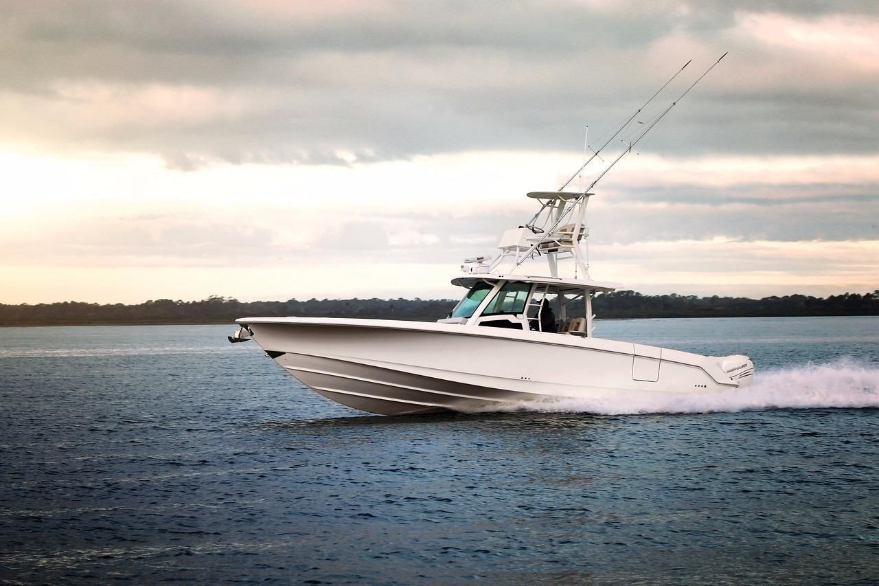 Photo 5 for 2021 Boston Whaler 380 Outrage