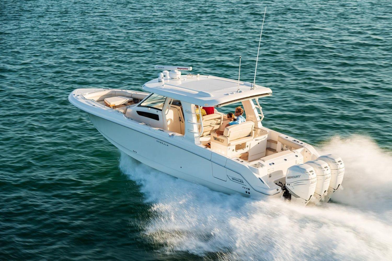 Photo 6 for 2022 Boston Whaler 350 Realm