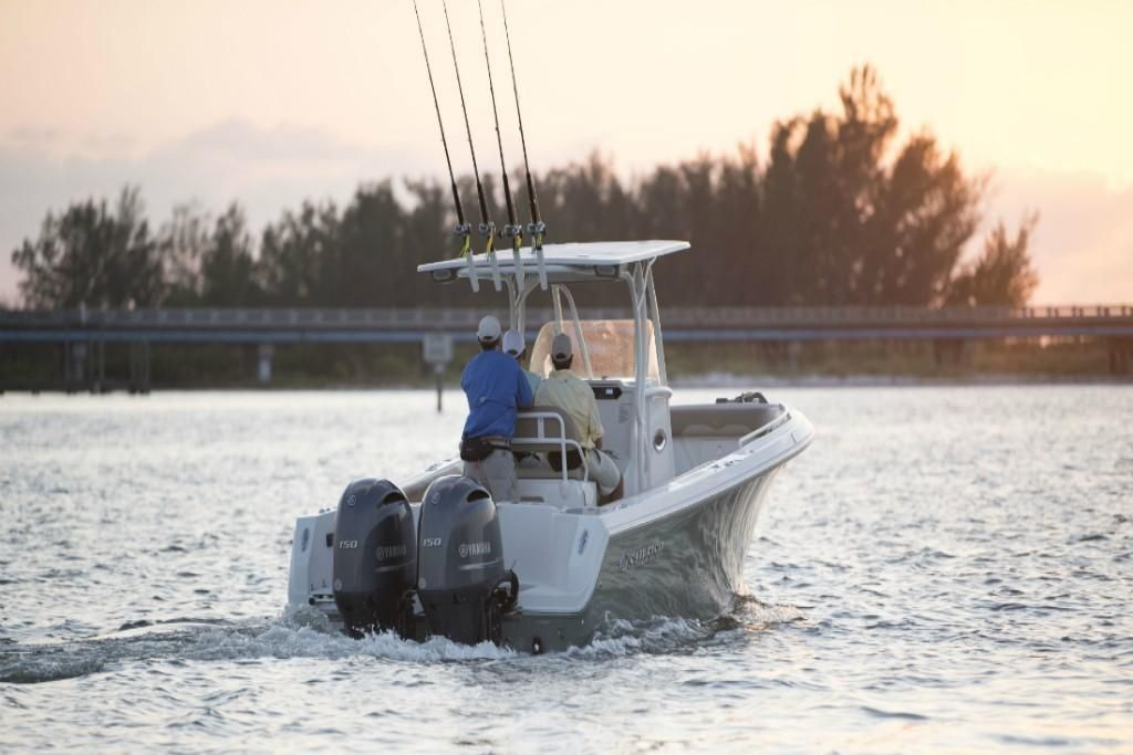 2022 Sailfish                                                              242 CENTER CONSOLE Image Thumbnail #9