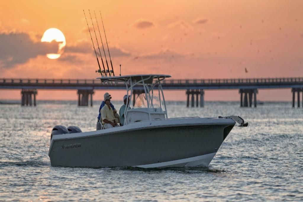 2022 Sailfish                                                              242 CENTER CONSOLE Image Thumbnail #7