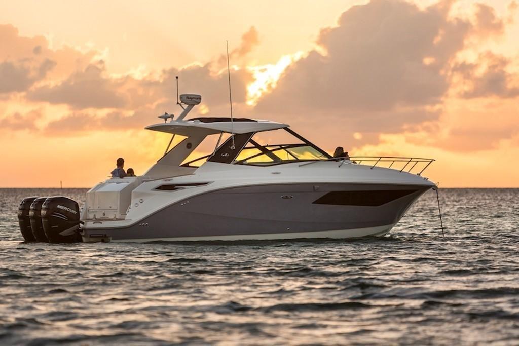 2022 Sea Ray                                                              Sundancer 320 OB Image Thumbnail #4