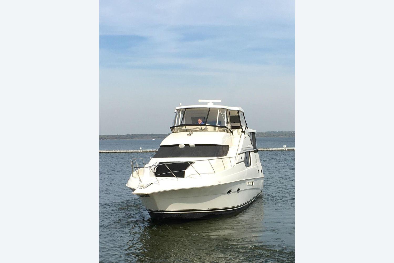 2001 Silverton                                                              453 Motor Yacht Image Thumbnail #5