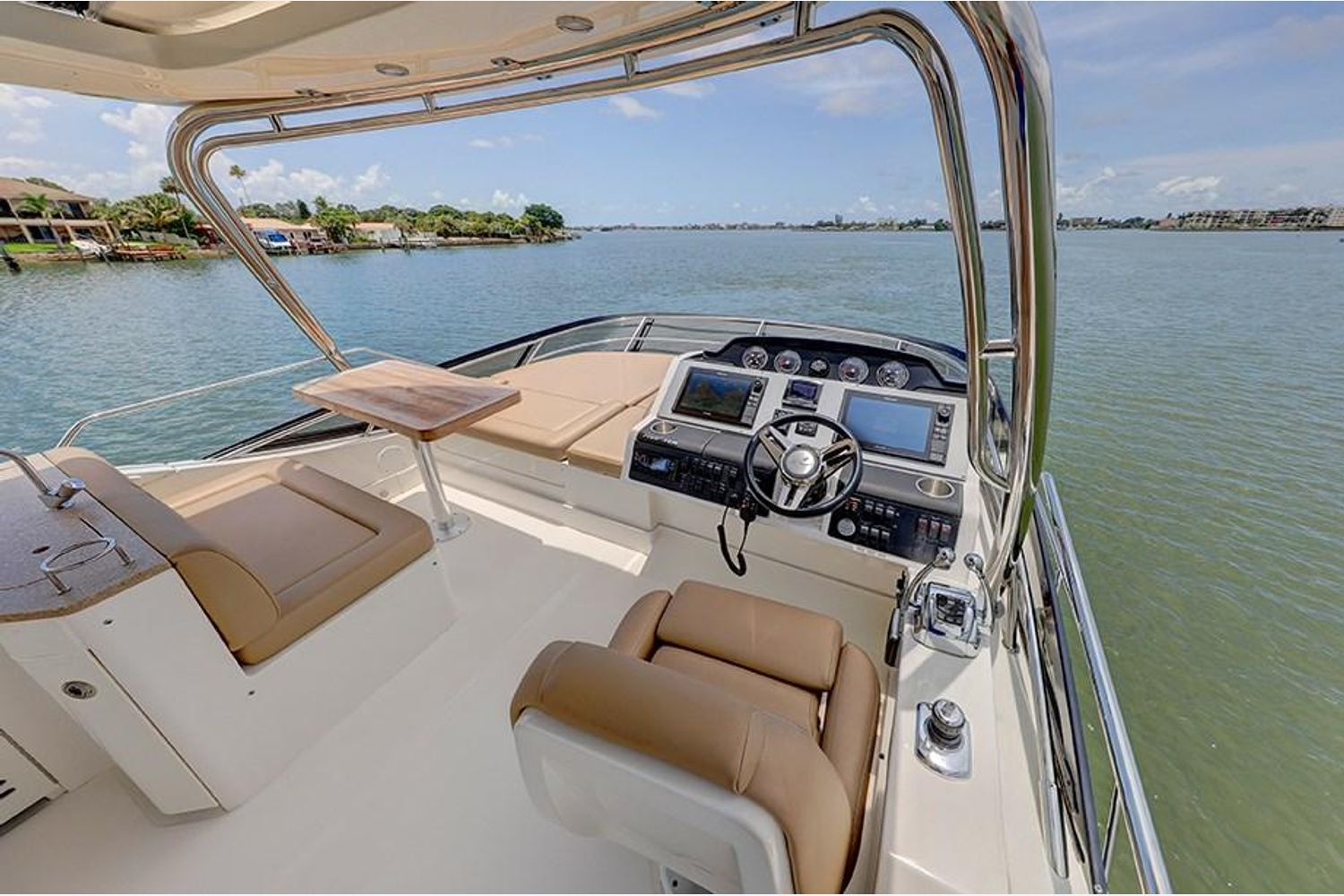 Photo 20 for 2017 Sea Ray Fly 510