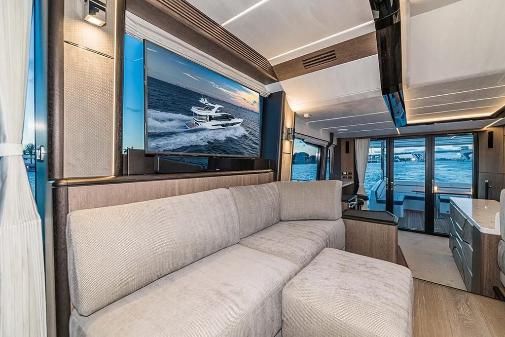 Photo 42 for 2021 Galeon 680 Fly