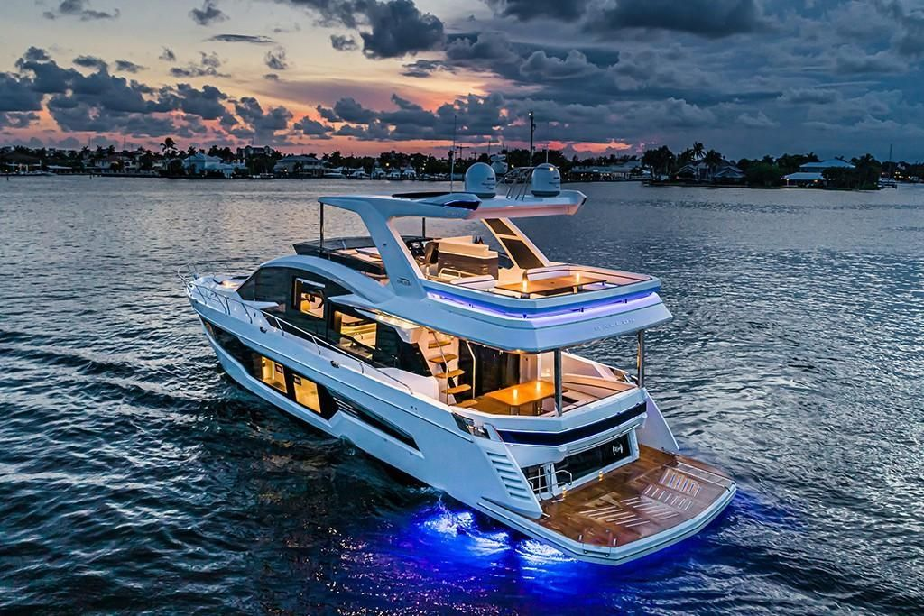 Thumbnail 2 for 2021 Galeon 680 Fly
