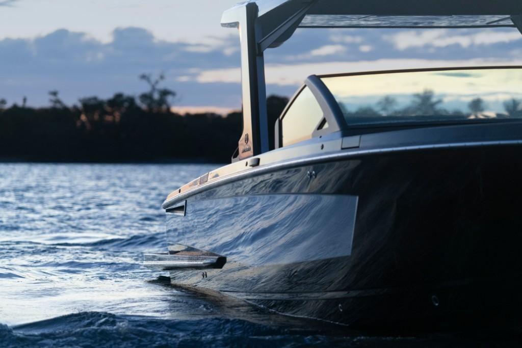 2022 Aviara                                                              AV32 Outboard Image Thumbnail #12