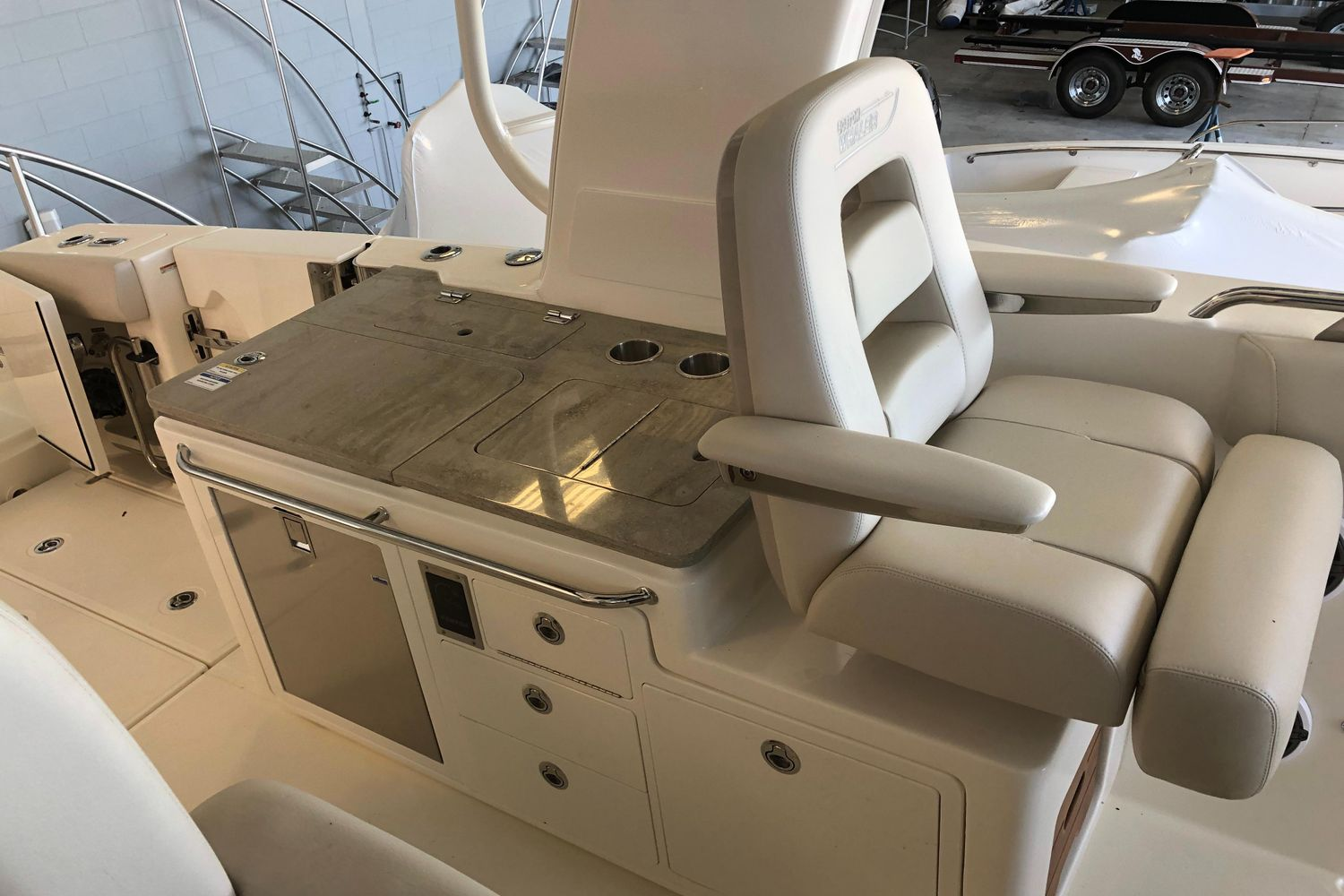 2020 Boston Whaler                                                              380 Realm Image Thumbnail #6