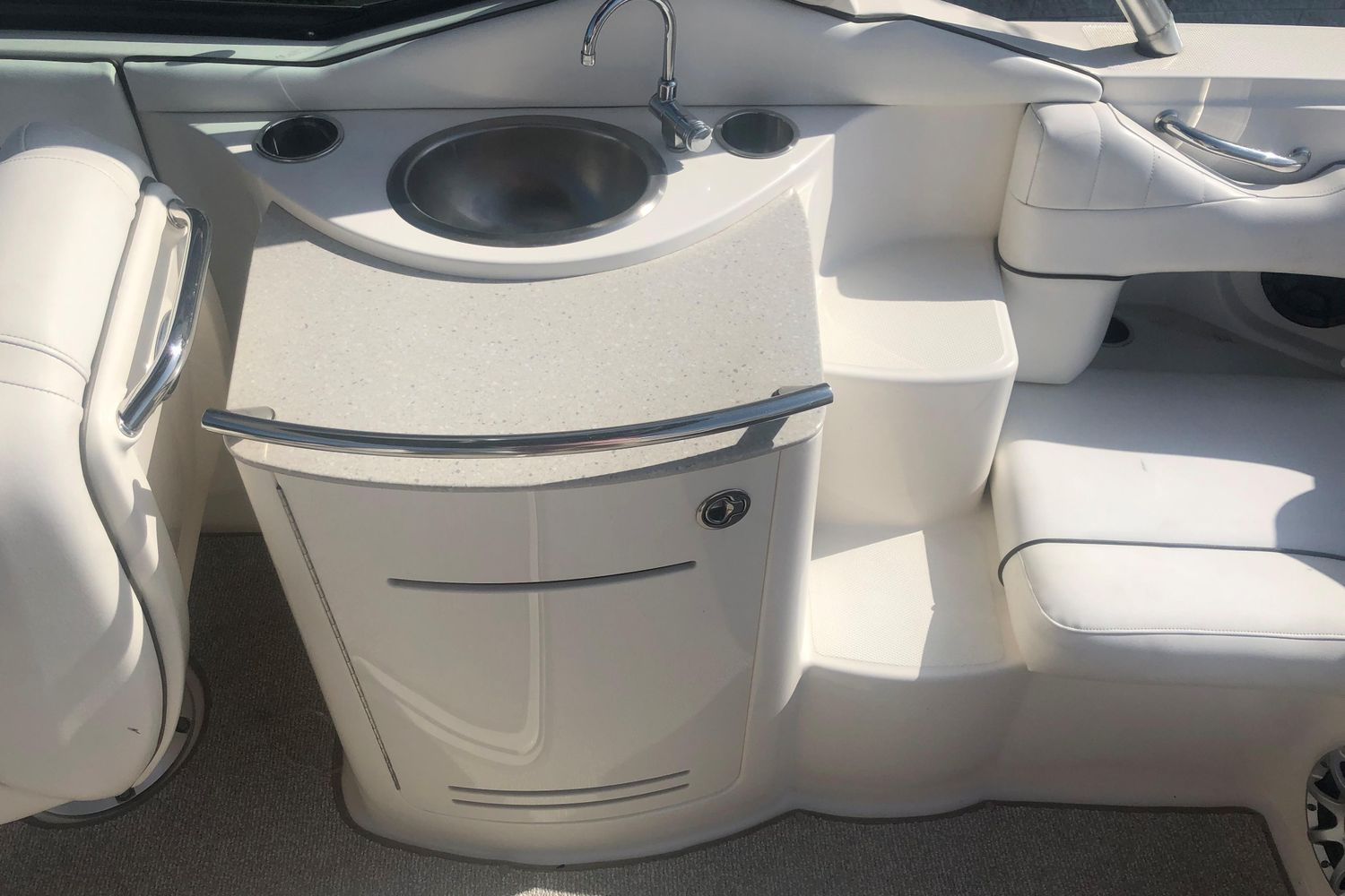 Photo 10 for 2008 Sea Ray 270 Select EX