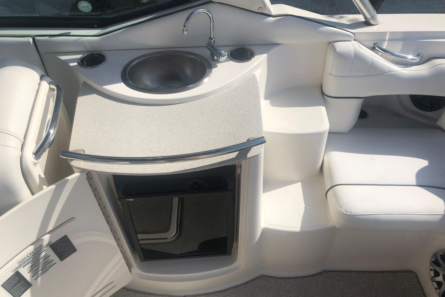 Photo 11 for 2008 Sea Ray 270 Select EX