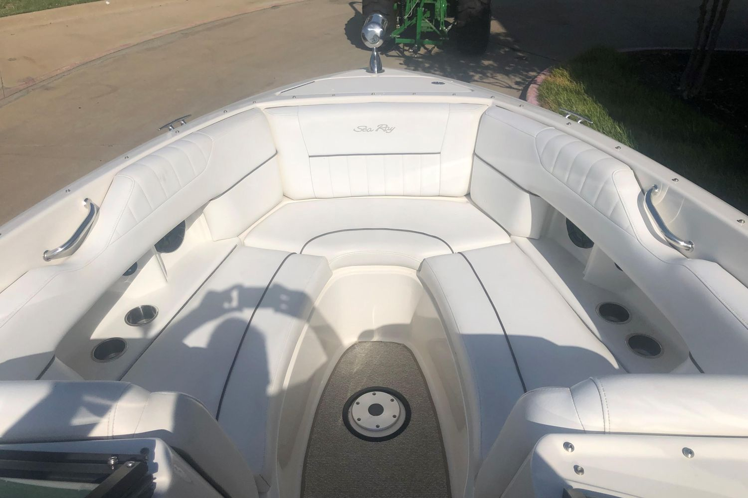 Photo 15 for 2008 Sea Ray 270 Select EX