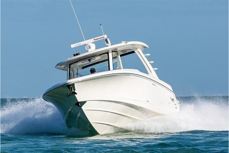 2020 Boston Whaler                                                              350 Realm Image Thumbnail #0