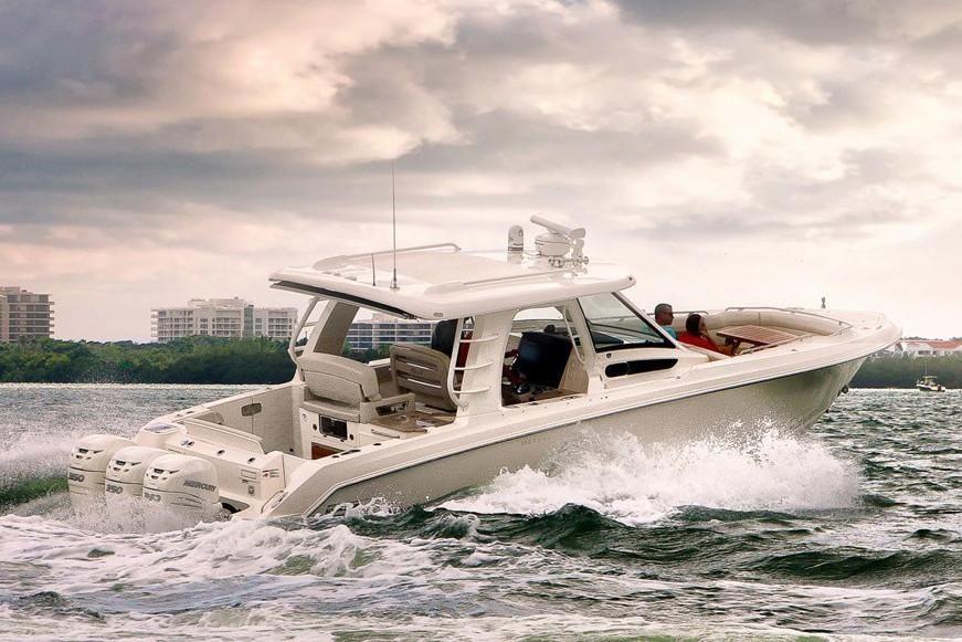 2020 Boston Whaler                                                              350 Realm Image Thumbnail #2