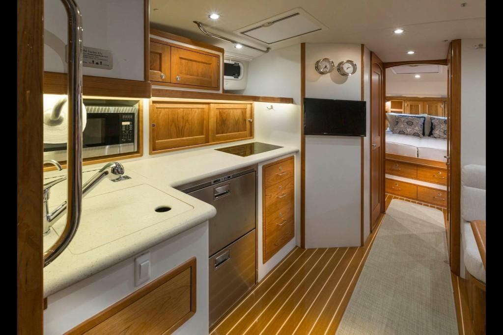 2022 MJM Yachts                                                              43z Image Thumbnail #9