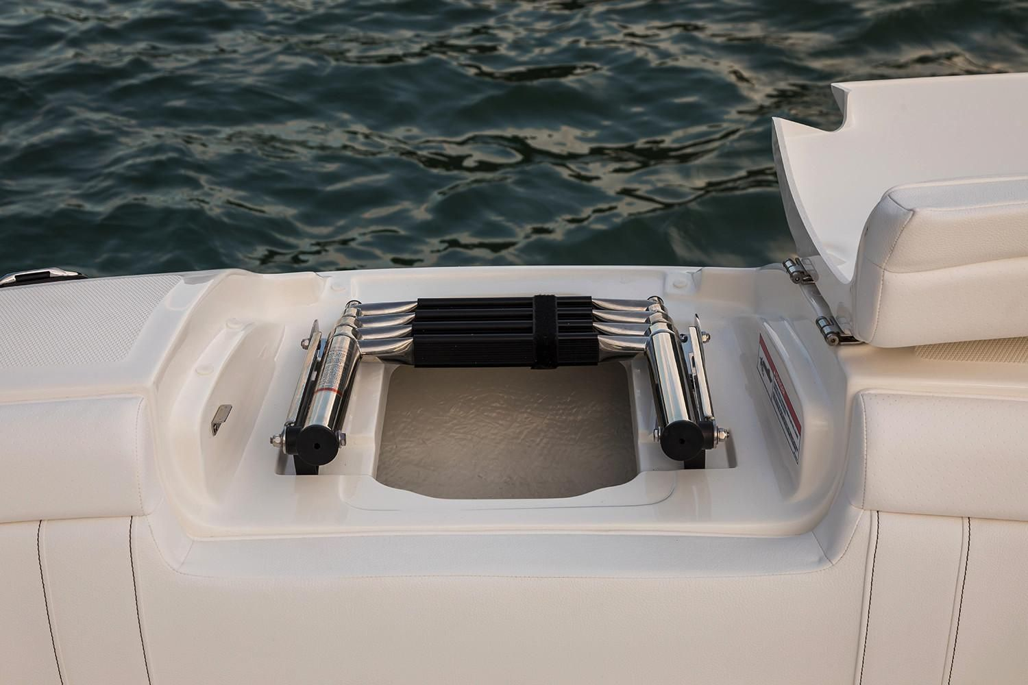 2020 Sea Ray                                                              SDX 270 Outboard Image Thumbnail #11