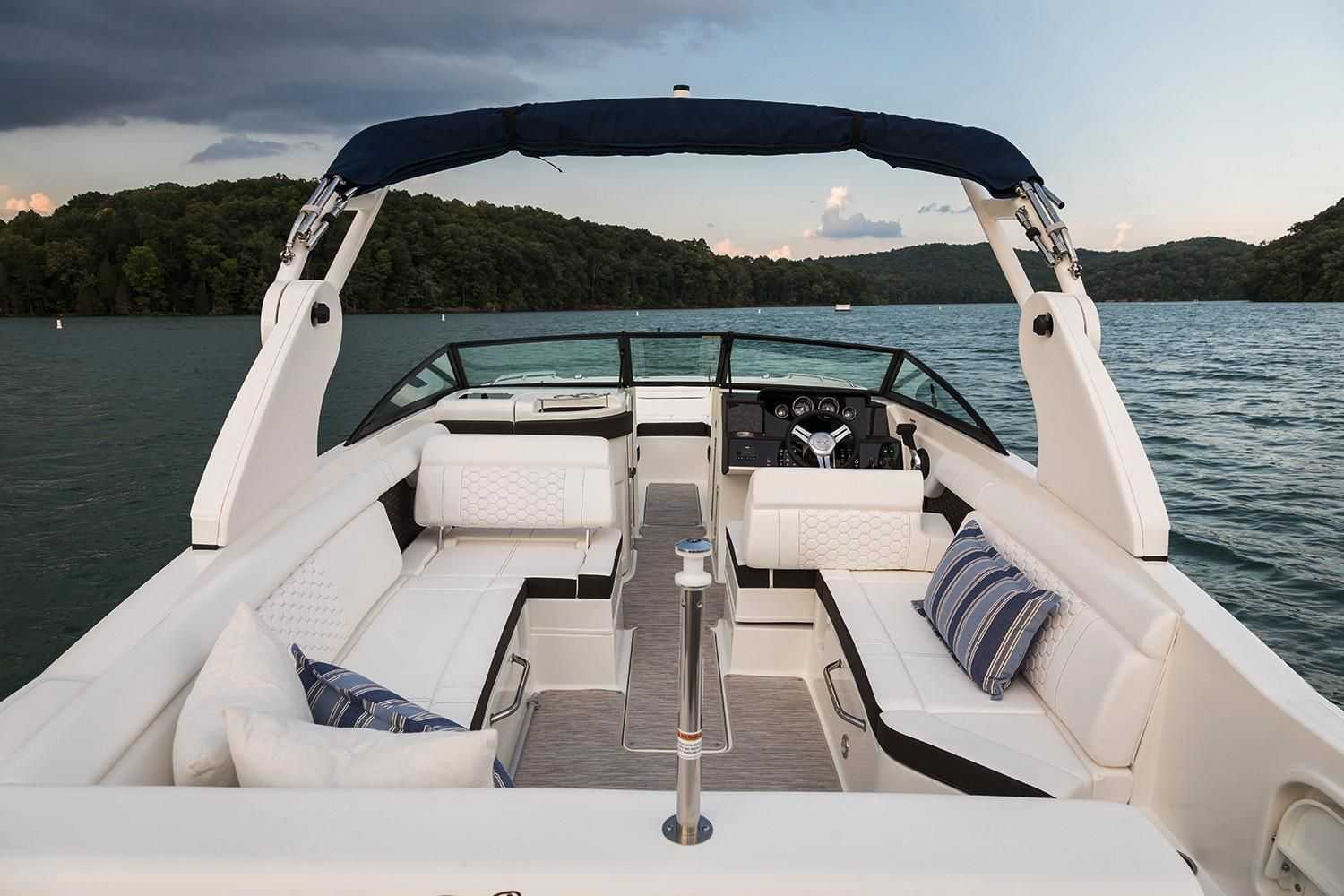 2020 Sea Ray                                                              SDX 270 Outboard Image Thumbnail #7