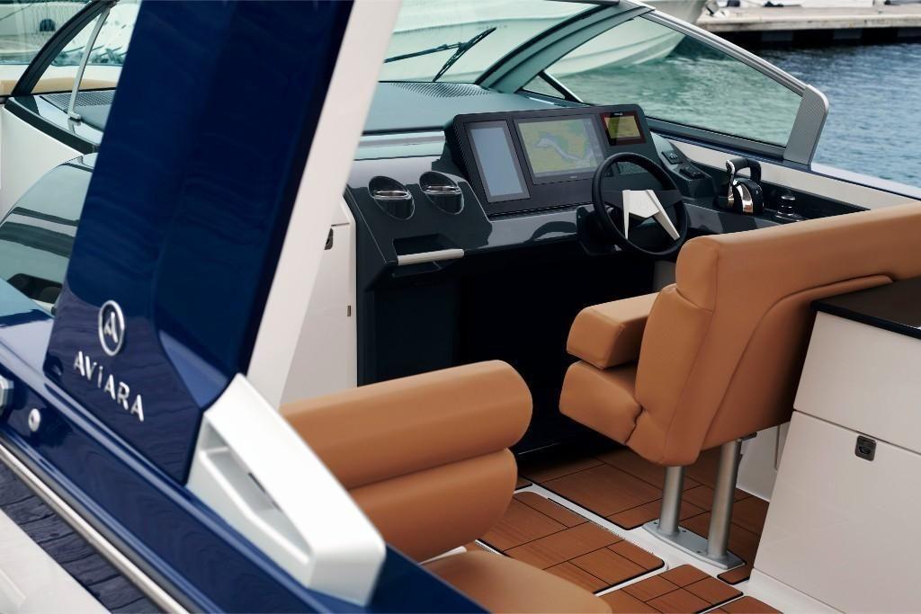 2022 Aviara                                                              AV36 Outboard Image Thumbnail #8