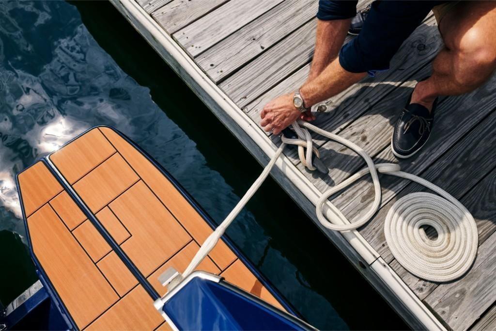 2022 Aviara                                                              AV36 Outboard Image Thumbnail #9