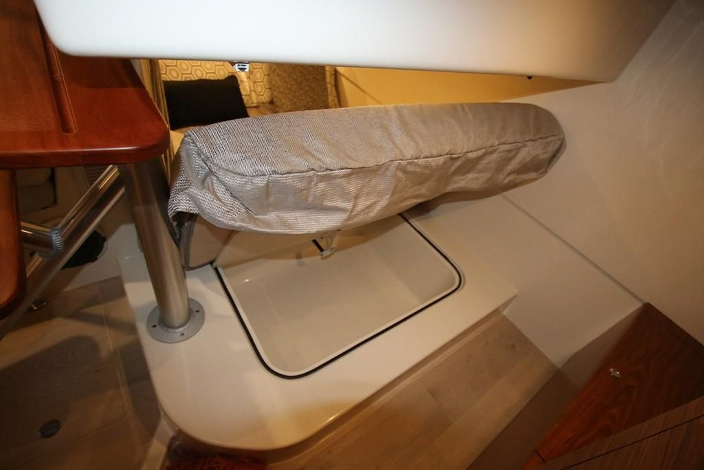 Photo 32 for 2022 Boston Whaler 405 Conquest