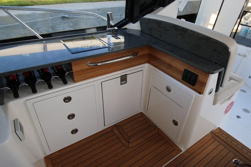 2022 Boston Whaler                                                              405 Conquest Image Thumbnail #21