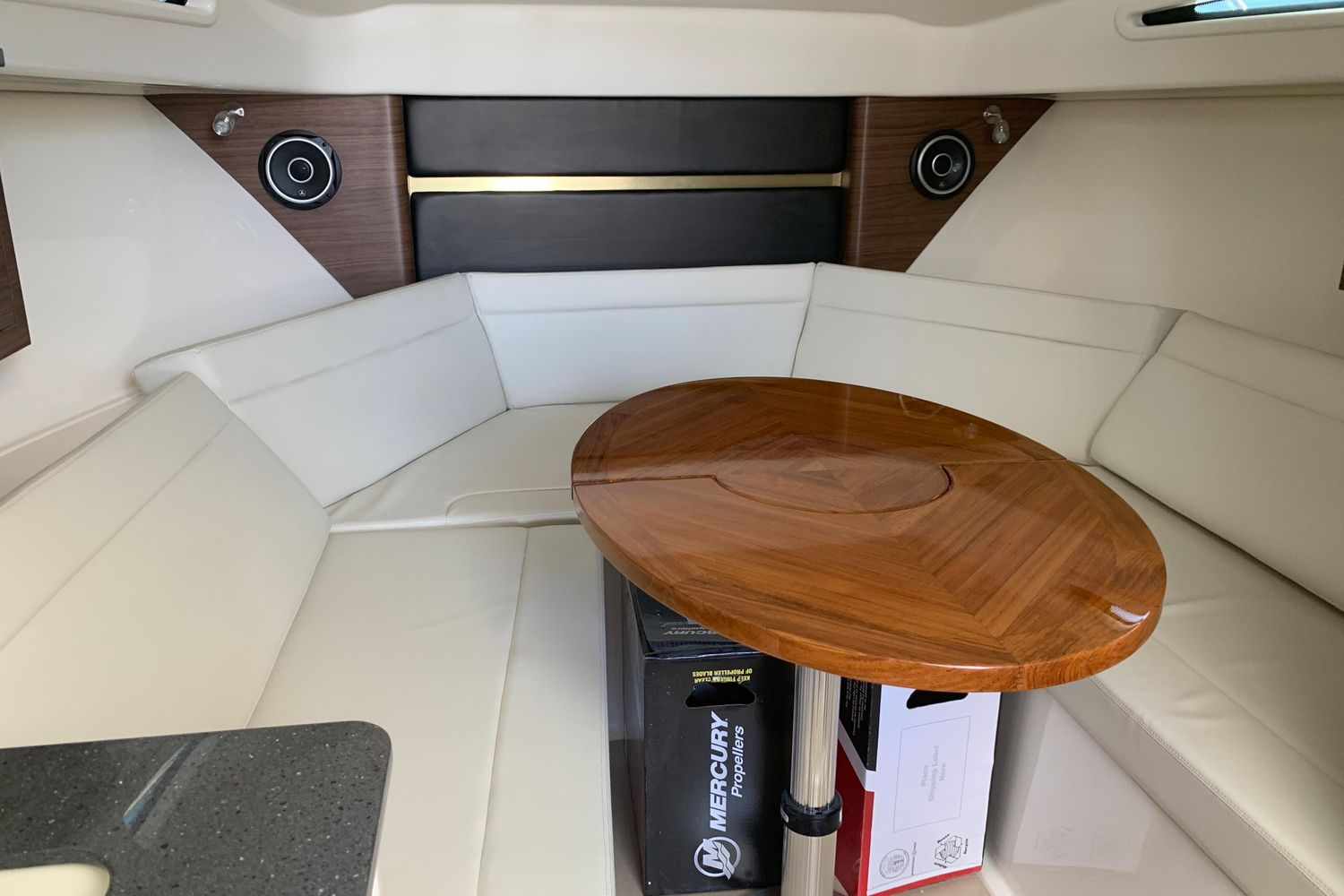 Photo 16 for 2021 Boston Whaler 325 Conquest