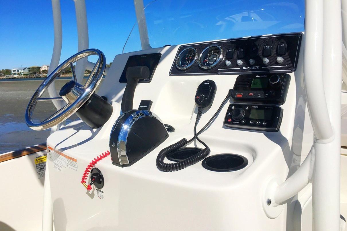2021 Boston Whaler                                                              190 Montauk Image Thumbnail #4