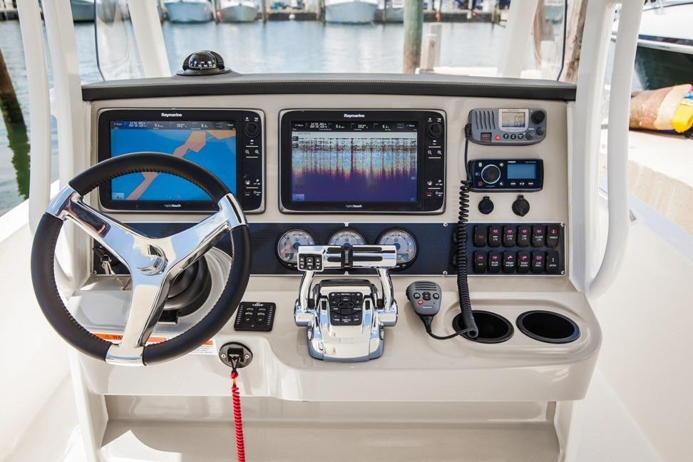 2021 Boston Whaler                                                              270 Dauntless Image Thumbnail #5