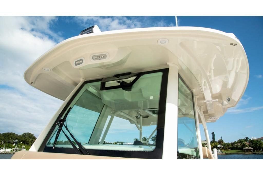 2022 Sailfish                                                              360 Center Console Image Thumbnail #14