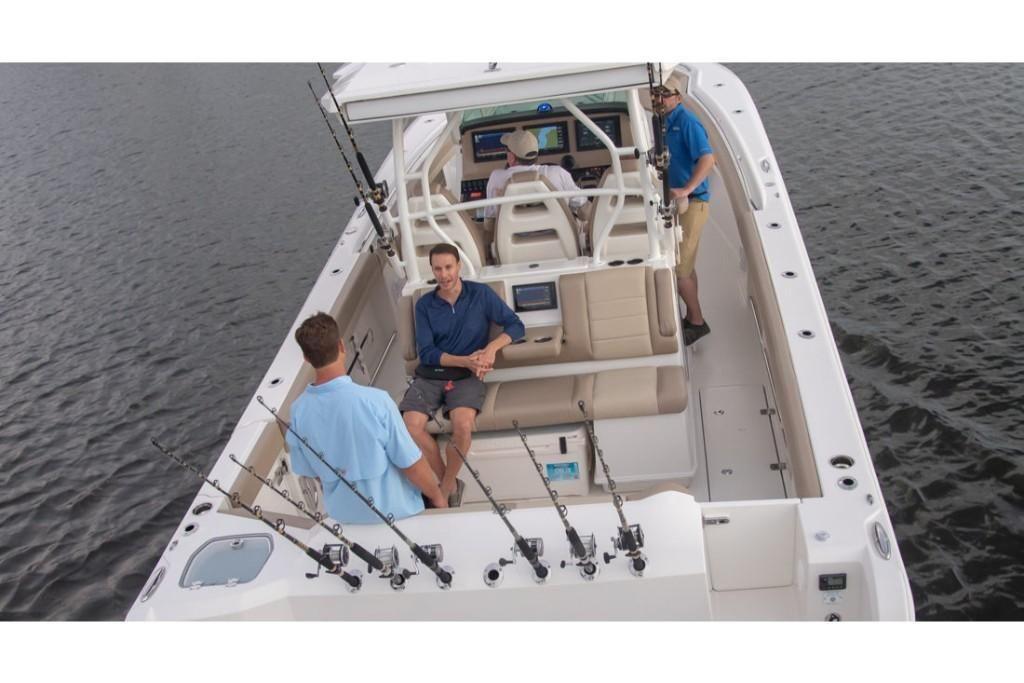 2022 Sailfish                                                              360 Center Console Image Thumbnail #1