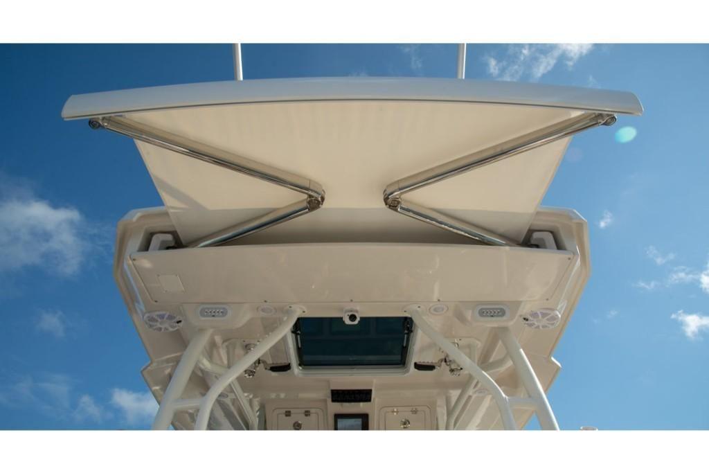 2022 Sailfish                                                              360 Center Console Image Thumbnail #17