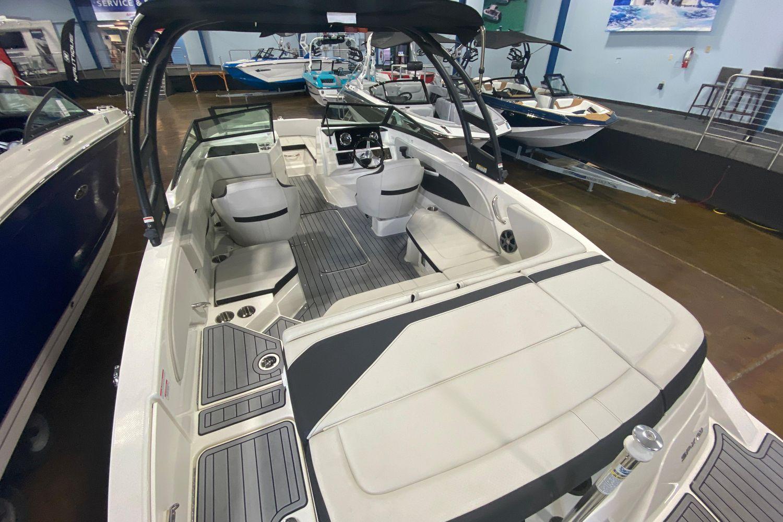 2021 Sea Ray                                                              SPX 210 OB Image Thumbnail #4