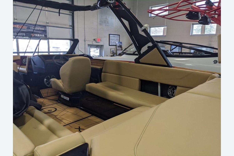 2020 ATX Surf Boats                                                              24-S Image Thumbnail #5