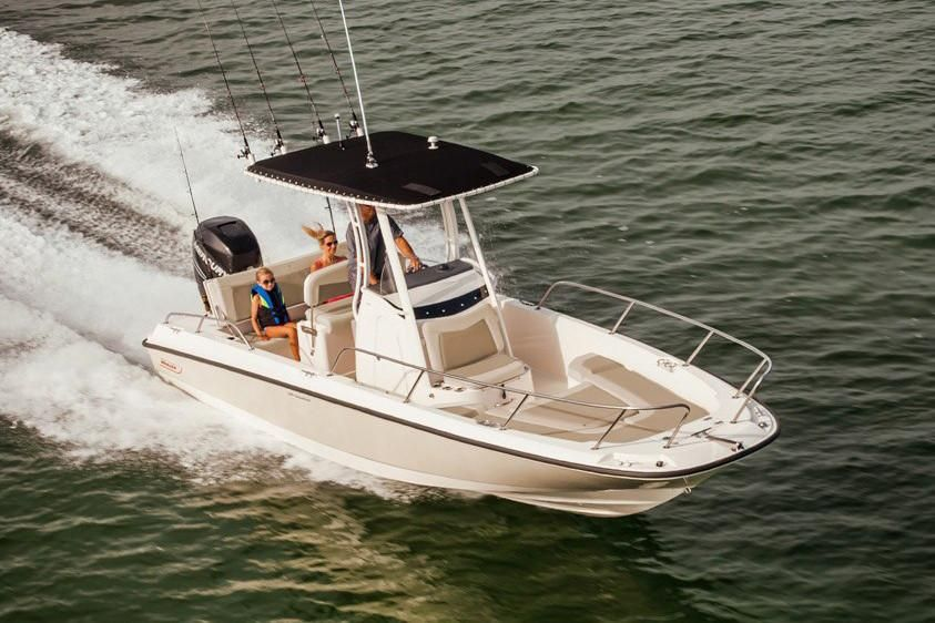 2021 Boston Whaler 240 Dauntless Image Thumbnail #0