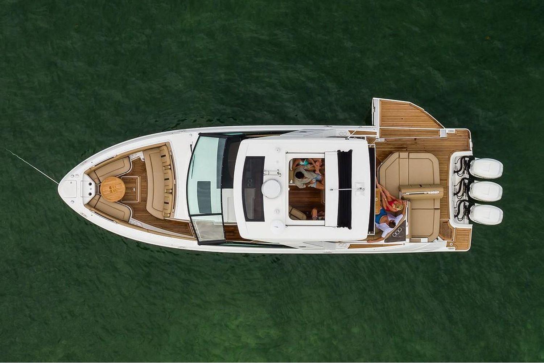 2021 Sea Ray                                                              SLX 400 OB Image Thumbnail #4